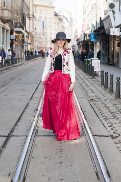 Style inspiratrice_Slavina Petrova-Red White (1)