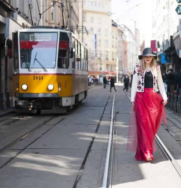 Style inspiratrice_Slavina Petrova-Red White (5)