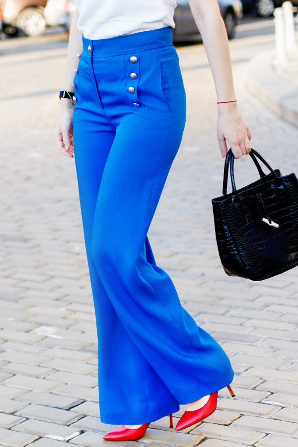 Styleinspiratrice_Blue_Trousers_Escada (3)