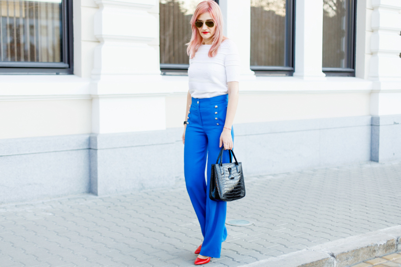 Styleinspiratrice_Blue_Trousers_Escada (5)