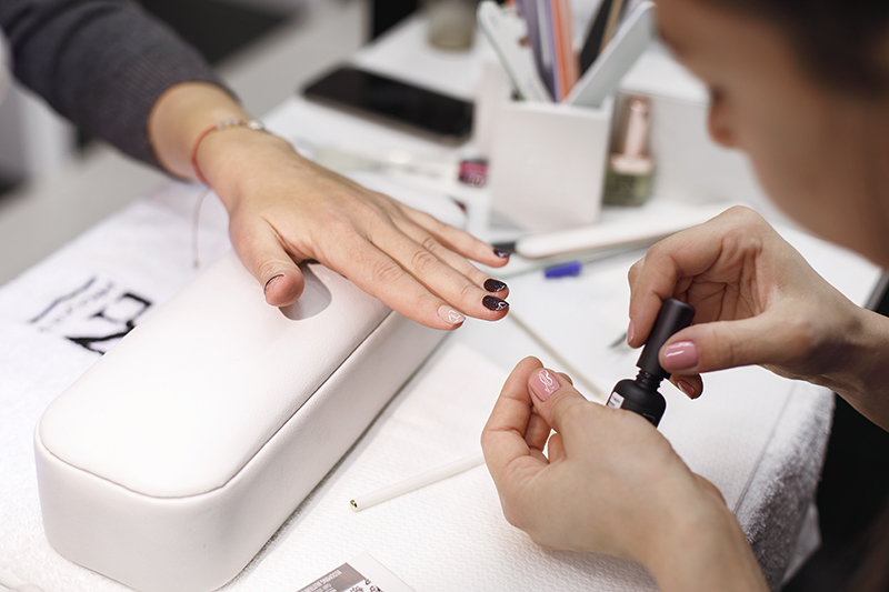 How to have a long-lasting manicure while enjoying healthy and ...