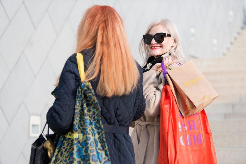 Споделеното преживяване днес - пазаруването с мама е нашето специално време